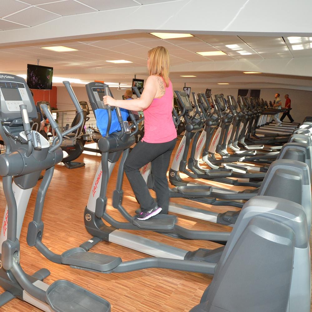 cardiotraining im fitnessstudio bremen nord aumund fitness park. Black Bedroom Furniture Sets. Home Design Ideas