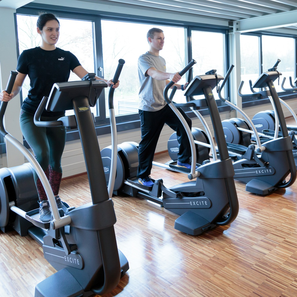 cardiotraining im fitnessstudio stuhr brinkum fitness park. Black Bedroom Furniture Sets. Home Design Ideas